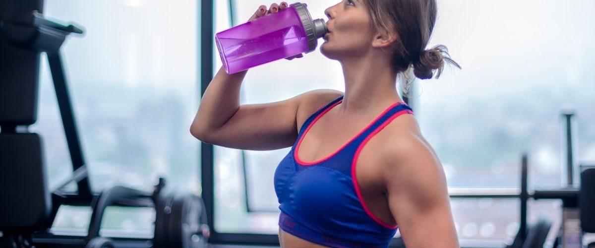 Hot gym trainer - training exercise